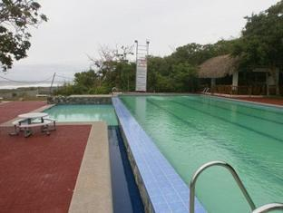 Pangil Beach Resort Currimao - Swimming pool