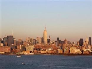 Aqua Blue Pelican Suites - Jersey City, NJ 07310