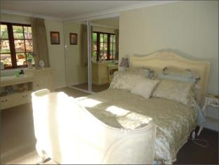 Bickley Valley Retreat Perth - Private Guest Room