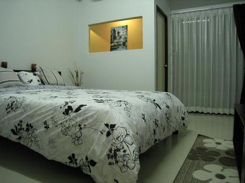 フローレンシア アパートメント(Florencia Apartment)
