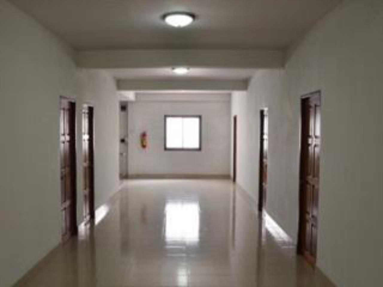 ยงดี อพาร์ตเมนท์ (Yong Dee Apartment)