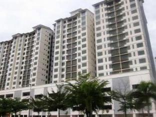 Damansara Holiday Home Kuala Lumpur - Exterior