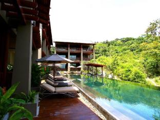 Avista Hideaway Resort & Spa Phuket Phuket - Club Vista Swimming Pool