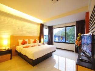 Kalim Beach Place Phuket - Executive Suites