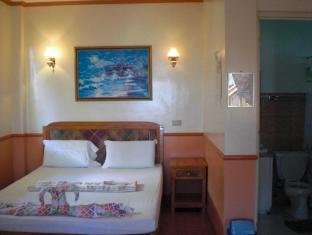 Yooneek Beach Resort Sebu - Svečių kambarys