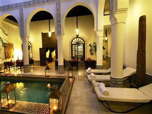 Riad Dar Saad Marrakech - Swimming pool by night