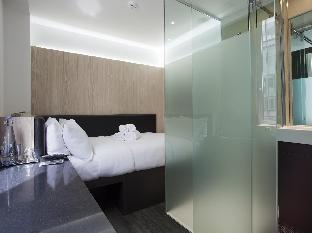 The Z Hotel Victoria guestroom junior suite
