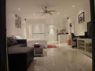 Vtsix Condo Rentals at View Talay 6 Pattaya Pattaya - Luxury VIP seaview apartment
