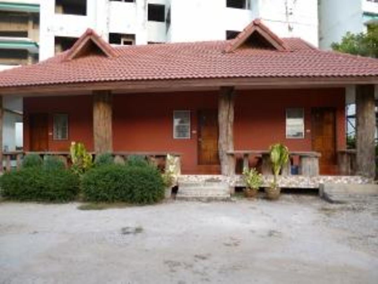 บ้านรินคำ รีสอร์ท (Ban Rin Kam Resort)