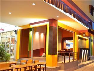 booking Chumphon Salsa Hostel hotel