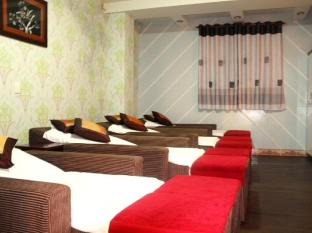Namu Saigon Hotel Ho Chi Minh City - Foot massage