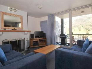 Review Snowman 6 Private Holiday Apartment Thredbo Village AU