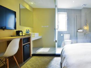 Via Hotel Taipei - Venture Double with Shower