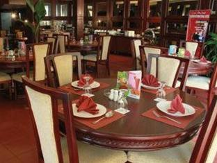 Pardede International Hotel Medan - Restauracja