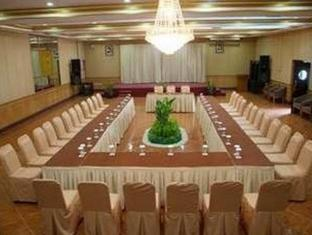 Pardede International Hotel Medan - Sala conferenze