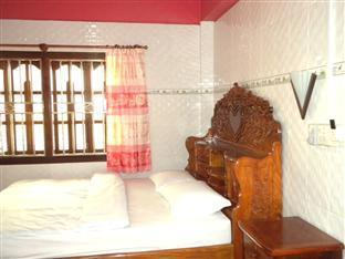 Meas Pich Guesthouse Koh Kong - Double Bedroom with Fan