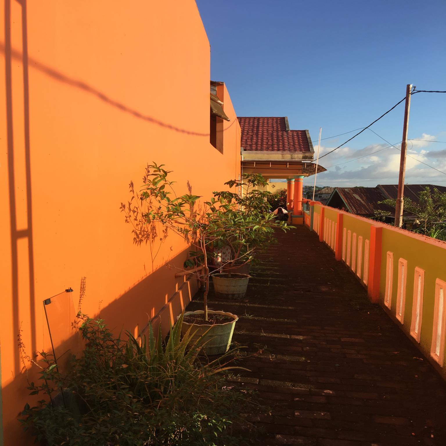 Hotel Aini Homestay - jl toboleu koloncucu gypsi no 45 rt 16 rw 06 - Ternate