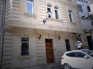 Premier Old Gates Hotel