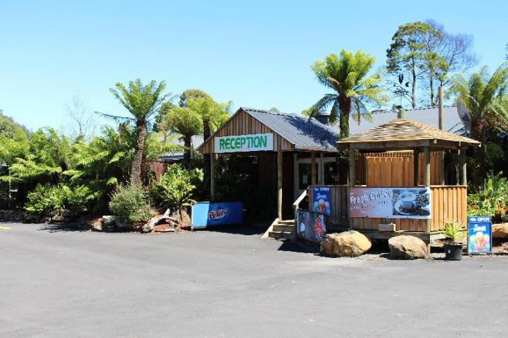 Tullah Lakeside Lodge photo 1