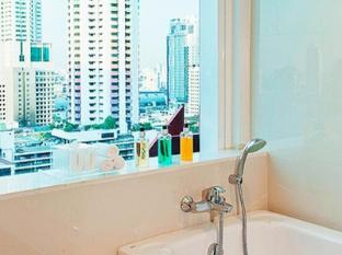GLOW Pratunam Hotel Bangkok - Bathroom