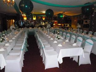 Castle Motor Lodge Whitsundays - Function