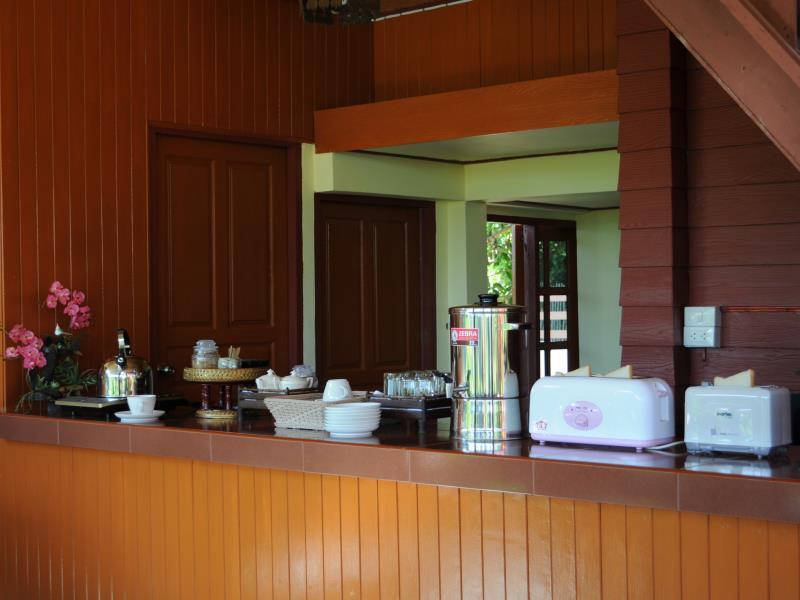 Bansuan Thanormpat Resort,บ้านสวนถนอมภัทร รีสอร์ท