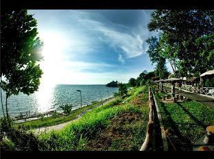 Bougainvilla Resort