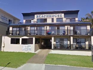 Beachhouse Mollymook 4 star PayPal hotel in Ulladulla