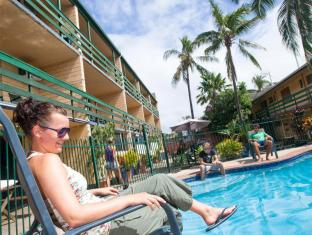 Airlie Beach YHA Whitsundays - Piscina