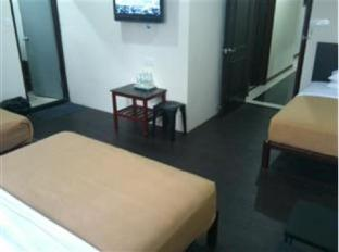 Tai Pan Hotel Kuching - Family Room
