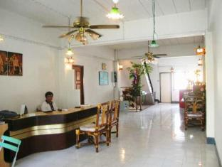 Crown Hostel Phuket - Foyer