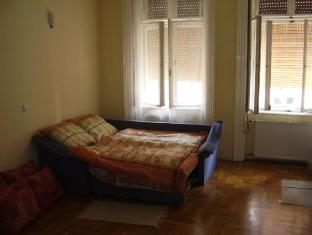 Elizabeth Bridge Hostel Budapest - 1 Bed in 7-Bed Dormitory (Mixed)