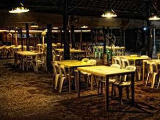 Crystal Beach Resort Subic (Zambales) - Restaurant
