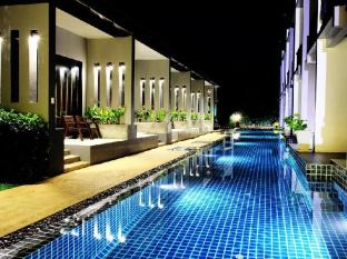 Alphabeto Resort Phuket - Piscina
