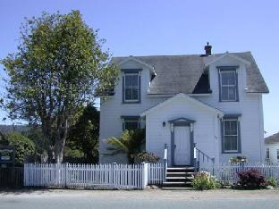 Nicholson House Inn & Spa