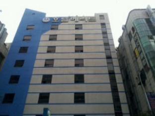 W&2 Hotel