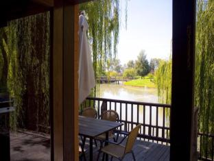 Perricoota Vines Retreat Moama - Guest Room