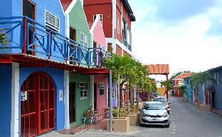 ➦     (Curacao) customer rating