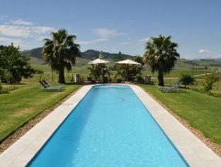 Allegria Guesthouse & Vineyards Stellenbosch - Swimming Pool