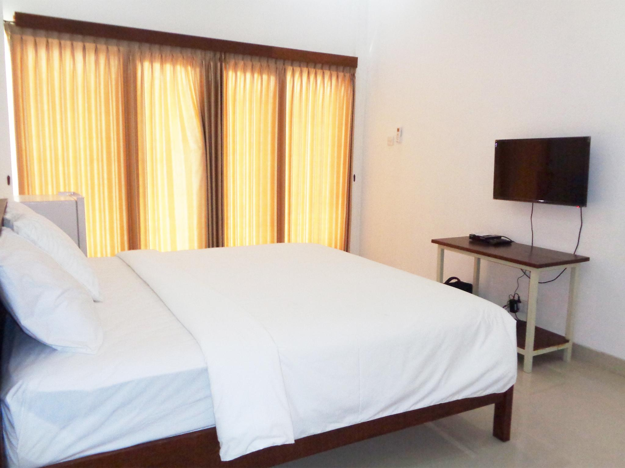 Dhuna Guesthouse