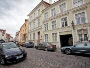 Old Town Lux Apartment Tallinn - Exterior