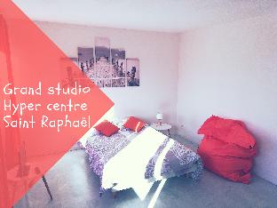 GRAND STUDIO SAINT RAPHAEL