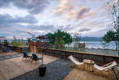 Bamboo Cultural Lake Inn, Lijiang
