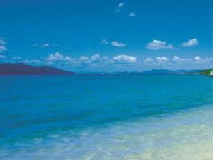 Hayman Island Resort Whitsundays - Beach