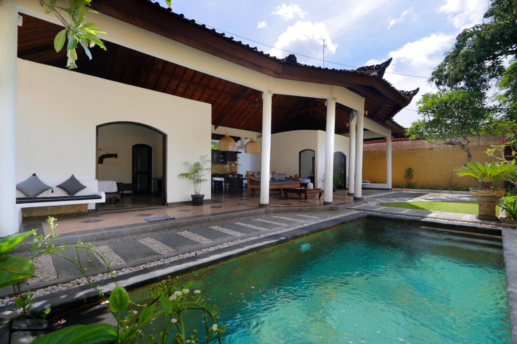 De Bharata Bali Villas Seminyak By Bali Family Hospitality Book