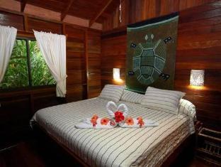 卡里布鲁海滩及丛林度假酒店