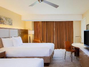 Front view of Hyatt Regency Monterey Hotel & Spa