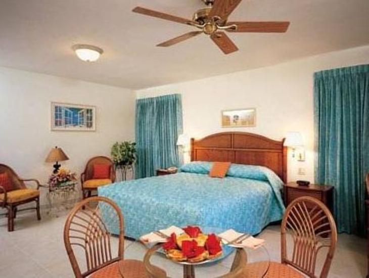 Paradise Cove Resort photo 2