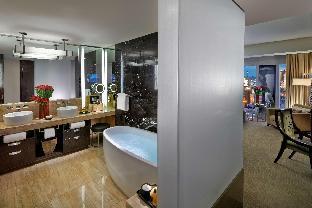 Mandarin Oriental Las VegasHotel Waldorf Astoria