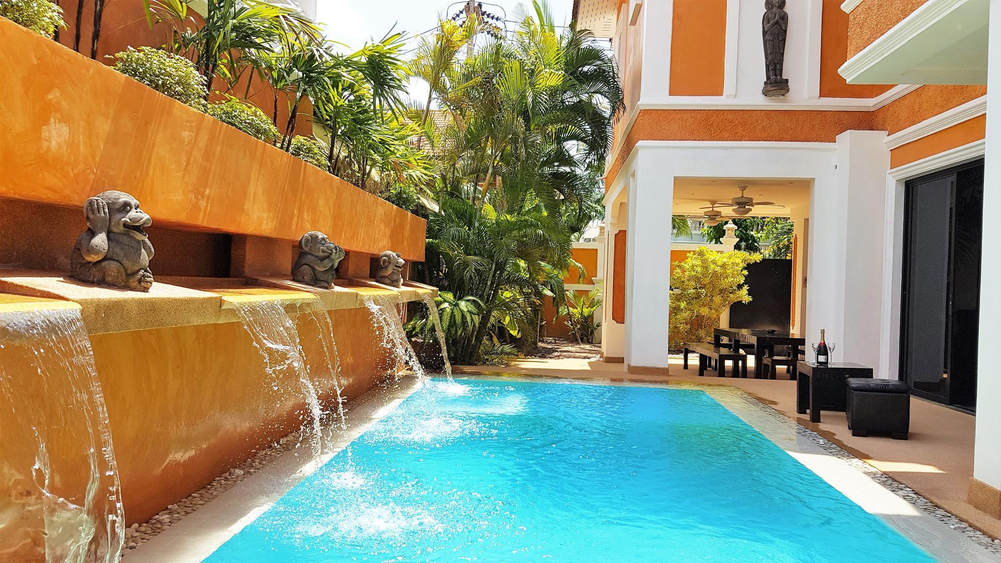 HIDELAND - The Luxury Tropical Villa  Pool Jacuzzi,HIDELAND - The Luxury Tropical Villa  Pool Jacuzzi